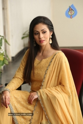 Sadha New Gallery - 15 of 20