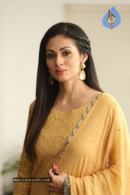 Sadha New Gallery - 17 of 20