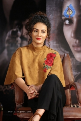 Seerat Kapoor at Raju Gari Gadhi 2 Press Meet - 3 of 30