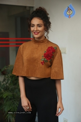 Seerat Kapoor at Raju Gari Gadhi 2 Press Meet - 8 of 30
