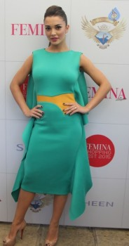Amy Jackson at Femina Shopping Fest 2015 :13-09-2015