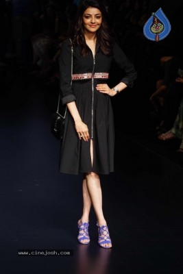 Bollywood Celebrities At Lakme Fashion Week