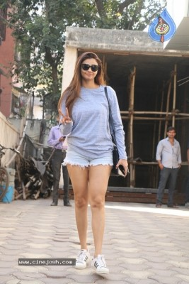 Daisy Shah Spotted At Bandra