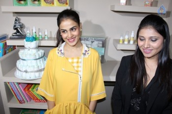 Genelia at Baby and Mother Wellness Centre Launch
