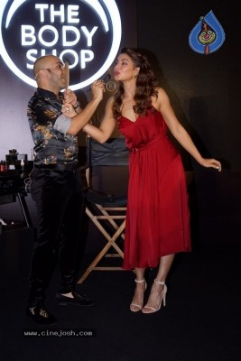 Jacqueline At Her First Makeup Master Class With Shaan Muttathil