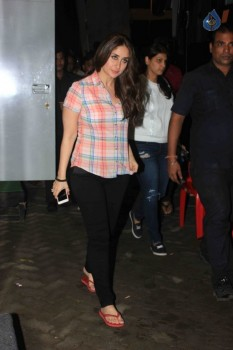 Kareena Kapoor at Mehboob Studio
