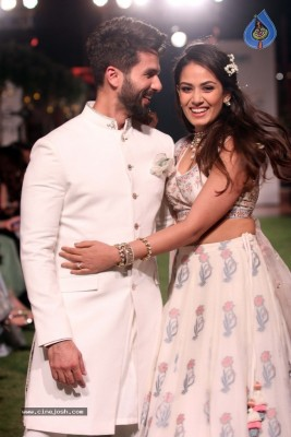 Shahid Kapoor and Mira Rajput at Lakme Fashion Week 2018