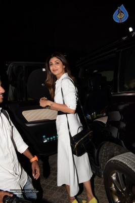 Shilpa Shetty With Family Spotted At PVR