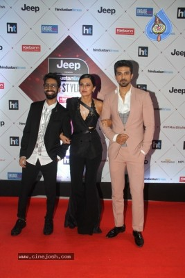 Star Studded Red Carpet Of Ht Most Stylish Awards 2018
