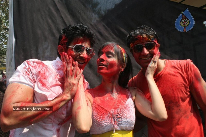 Bolly Celebs at Zoom Holi Celebrations
