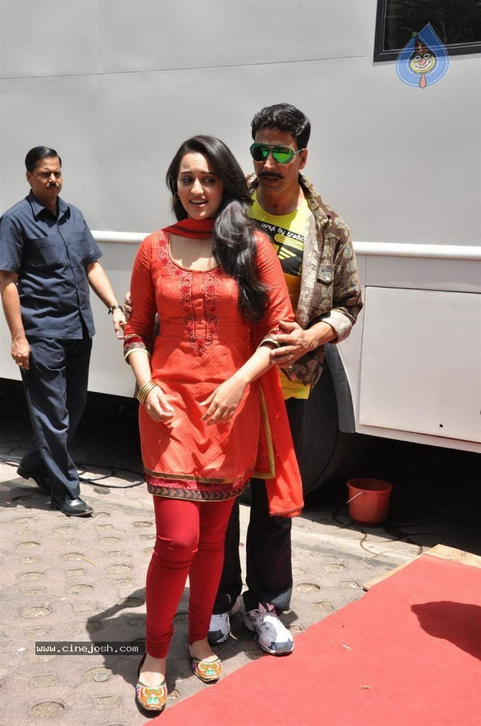 Rowdy Rathore Music Review - Bollywood Hungama