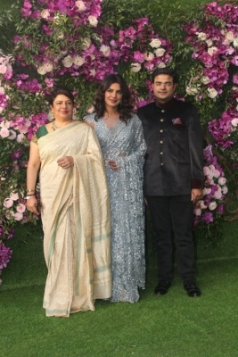 Akash Ambani and Shloka Mehta Wedding Reception Photos - 5 of 40