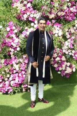Akash Ambani and Shloka Mehta Wedding Reception Photos - 16 of 40