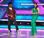 Bipasha Promote Jodi Breakers on Dance India Dance - 5 of 33