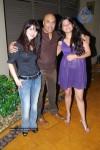 bolly-hot-celebs-at-dahi-handi-event-in-night-club
