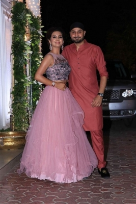 Celebrities at Shilpa Shetty Diwali Bash 2018 - 6 of 42