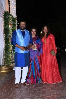 Celebrities at Shilpa Shetty Diwali Bash 2018 - 21 of 42