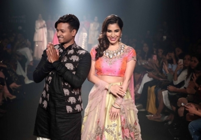 Lakme Fashion Week 2018 Grand Finale - 6 of 48