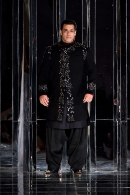 Manish Malhotra Fashion Show Zween - 14 of 22