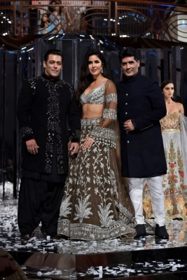 Manish Malhotra Fashion Show Zween - 16 of 22