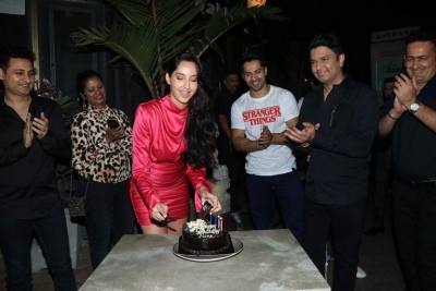 Nora Fatehi Birthday Celebrations - 3 of 15