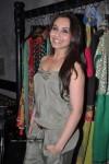 rani-mukherjee-inaugurates-designer-sabyasachi-store
