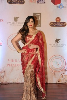 vikram phadnis 25 years completion fashion show photos