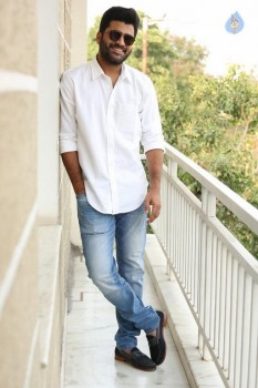 Sharwanand Shatamanam Bhavati Interview Photos
