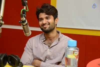 Arjun Reddy Song Launch at Radio Mirchi - 13 of 17
