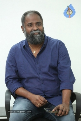 Director K.V Guhan Interview Photos - 4 of 13