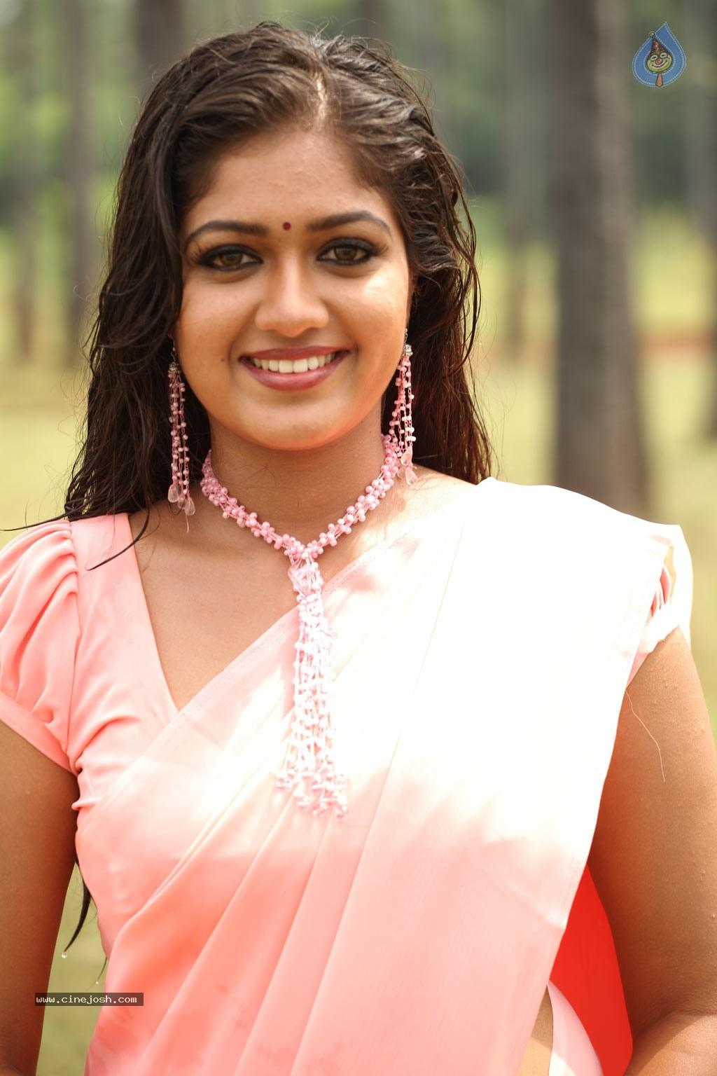 Jakkamma Tamil Movie Hot Stills 061 Iniya Bold