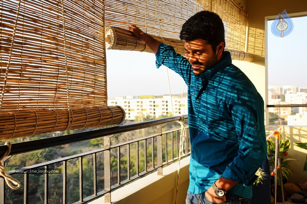 JK Enum Nanbanin Vaazhkai Tamil Movie Wallpapers | Social India