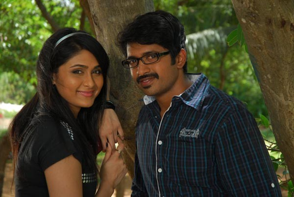 Kaffi Bar Movie Stills - 30 / 147 photos