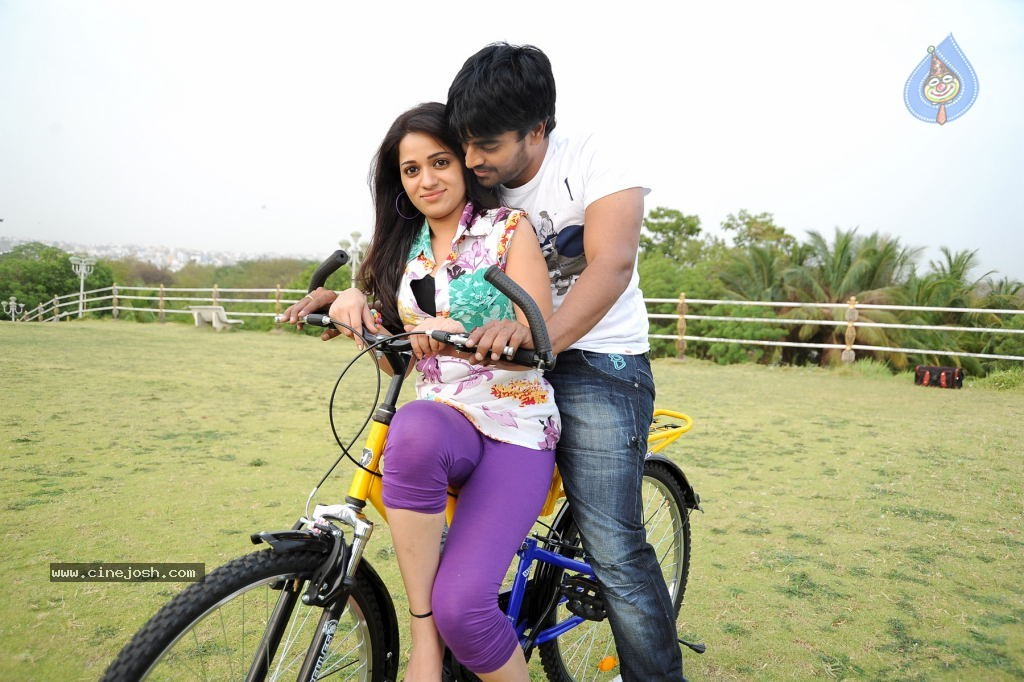 Love Cycle Movie New Stills Photo 4 Of 15