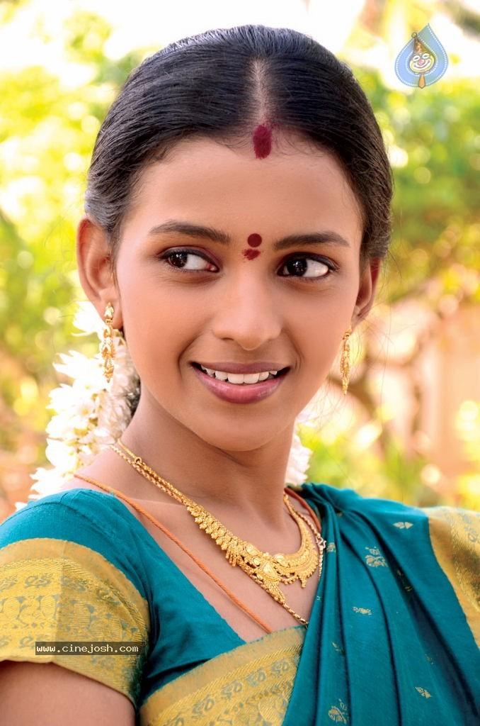 hot tamil aunties indian desi masala actress neha aunty photos