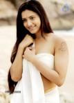 italy-abbai-kerala-ammai-movie-stills