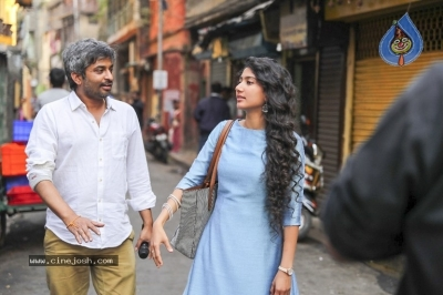 Padi Padi Leche Manasu Movie Working Stills - 1 of 3
