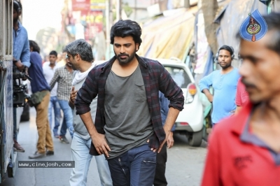 Padi Padi Leche Manasu Movie Working Stills - 2 of 3