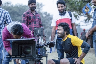 Padi Padi Leche Manasu Movie Working Stills - 3 of 3