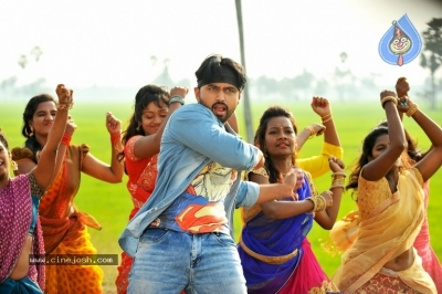 Sakalakala Vallabhudu Movie Stills - 3 of 12