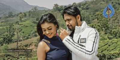Sakalakala Vallabhudu Movie Stills - 10 of 12