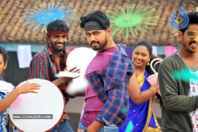 Sakalakala Vallabhudu Movie Stills - 12 of 12