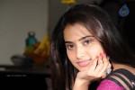 yaaruda-mahesh-tamil-movie-stills