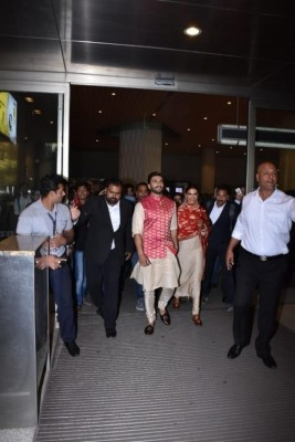 Deepika - Ranveer After Wedding Photos
