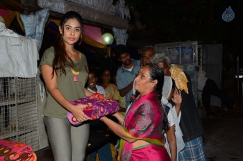 Sri Reddy Distributes Blankets for Orphans