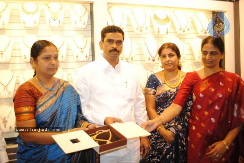 Malabar Gold Shop Opening Photos