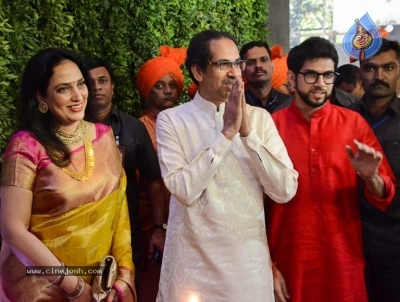 Amit Thackeray Wedding Reception Photos - 18 of 35