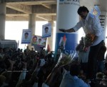 Chiru gets Rousing Reception at RGI Airport - 8 of 19