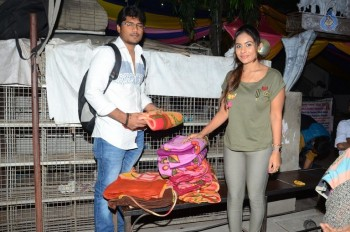 Sri Reddy Distributes Blankets for Orphans - 4 of 40