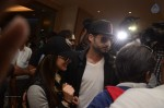 sunny-leone-arrives-hyd-for-new-year-bash